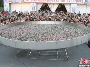Kỷ lục Guinness - Kỷ lục thế giới: Nồi cua hấp lớn nhất