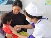 Chỉ 50% trẻ sơ sinh được tiêm vắc-xin viêm gan B