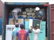 Video An ninh - TP.HCM: Bắt 3 container hàng lậu trị giá hàng tỷ đồng