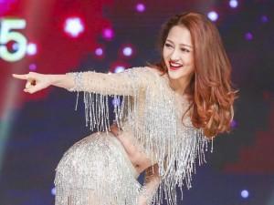 Bảo Anh quyến rũ trên sân khấu Hoa hậu hoàn vũ
