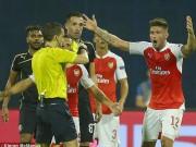 """Cup C1 - Champions League - Fan Arsenal công kích dữ dội """"tội đồ"""" Giroud"""