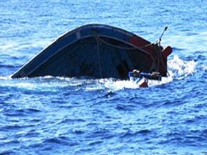 Tin tức trong ngày - Cà Mau: Tàu và 6 thuyền viên mất tích khi đi tránh bão
