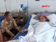 Video An ninh - Ăn phải thịt gà có thuốc diệt chuột, 3 mẹ con nhập viện