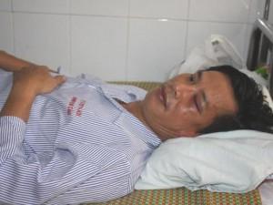 An ninh Xã hội - Côn đồ đánh cán bộ gãy xương sườn ngay trong bệnh viện