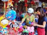 Sức khỏe đời sống - Những đồ chơi mùa Trung thu nguy hiểm cần tránh cho trẻ