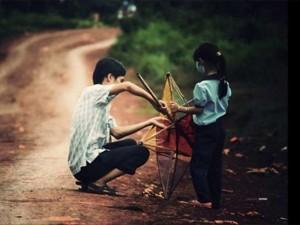 Bạn trẻ - Cuộc sống - Clip gợi nhớ về mùa Trung thu xưa