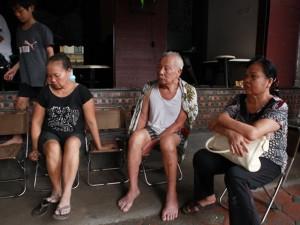 Tin tức trong ngày - Vụ sập nhà cổ HN: Lời kể người thoát chết trong gang tấc