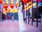 Nhịp sống trẻ - Huyền My dịu dàng trong tà áo dài bên con đường đèn lồng dài nhất Việt Nam