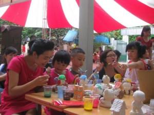 Vui Hội chợ Trung thu cùng trẻ khiếm thính
