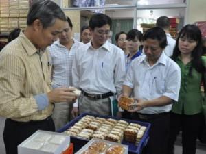Cơ sở bánh Trung thu HOT nhất HN bị phạt 14 triệu đồng