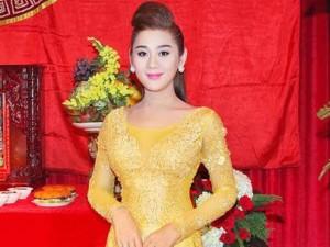 Lâm Chi Khanh tự tin khoe body ngày càng hoàn thiện