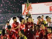 """Bóng đá - """"Chelsea Việt Nam"""" tưng bừng mừng cú đúp lịch sử"""