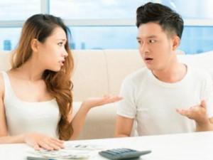 Bạn trẻ - Cuộc sống - Lấy vợ rồi, chồng tôi vẫn răm rắp đưa tiền cho mẹ