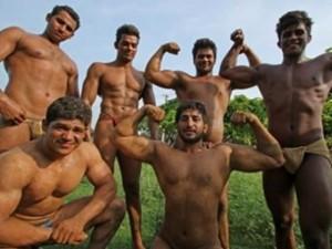 """Phi thường - kỳ quặc - Khám phá ngôi làng toàn đàn ông """"khỏe"""" nhất Ấn Độ"""