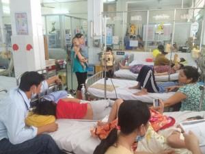 Tin tức trong ngày - Sốt xuất huyết lên đỉnh dịch, Bộ Y tế cấm tăng giá thuốc