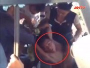 Video An ninh - Hành khách đập kính xe buýt, vồ lấy vô lăng cướp lái