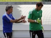 Bóng đá - Casillas gặp lại Mourinho: Nhớ những ngày đen tối