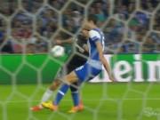 Bóng đá - Chelsea mất penalty đầy tranh cãi