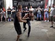 Thể thao - Boxing không găng: Hoang dã nhưng vô cùng hấp dẫn