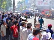 Tin tức trong ngày - Cháy cửa hàng hoa giả, hàng trăm người hốt hoảng