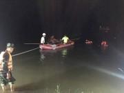 Tin tức trong ngày - Tìm thấy thi thể 3 SV Ngoại thương bị lũ cuốn mất tích