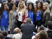 Bóng đá - Dàn WAG Pháp lung linh trên khán đài