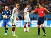 Bóng đá - Công bố danh tính trọng tài bắt bán kết EURO: Ai mừng, ai lo?