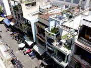 Tin tức trong ngày - Cận cảnh chờ sập ở chung cư Cô Giang