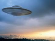"""Phi thường - kỳ quặc - Các giả thuyết """"điên rồ"""" nhất về UFO"""