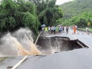 Thế giới - Ảnh: Siêu bão tấn công TQ, gần nửa triệu người sơ tán