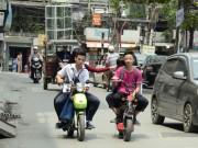 Xe máy - Xe đạp - Điều khiển xe đạp điện không đội mũ bảo hiểm bị phạt thế nào?