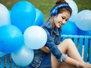 Thời trang Hi-tech - Những mỹ nữ đẹp dịu dàng bên tai nghe Somic