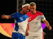 Bóng đá - Ronaldinho, Ryan Giggs trình diễn ma thuật ở giải Futsal