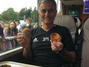 Bóng đá - MU: Fan phấn khích vì Mourinho… không ghi chép
