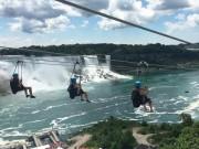 Du lịch - Du lịch mạo hiểm ở thác nước hùng vĩ nhất thế giới