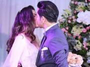 Phim - Ngọc Lan - Thanh Bình hôn nhau say đắm trong tiệc đính hôn