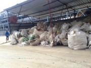 Tin tức trong ngày - Cận cảnh rác chất đống, cá chết trong Formosa