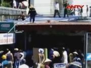 Video An ninh - Cháy cửa hàng vàng mã, 2 cháu bé chết thảm