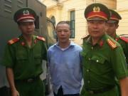 An ninh Xã hội - Xét xử thảm án Thạch Thất: Khua lung tung… chết 2 người