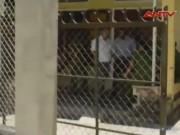 """Video An ninh - Chồng tưới xăng đốt vợ vì nghi bị """"cắm sừng"""""""