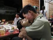 Tin tức trong ngày - Bữa cơm của 2 gia đình sau gần 4 năm bị trao nhầm con
