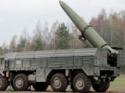 Thế giới - Nga điều quân và vũ khí hạng nặng đối phó NATO