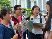 Giáo dục - du học - Điểm nhận hồ sơ vào ĐH Y Dược TP HCM, ĐH Ngoại thương cao chót vót