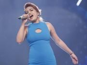 """Ca nhạc - MTV - Cô gái Philippines """"bùng nổ"""" ở Vietnam Idol nhờ hit Thu Minh"""
