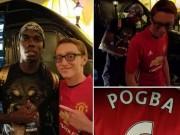 Bóng đá - Pogba ký áo chụp hình với fan MU, Sir Alex sốt ruột