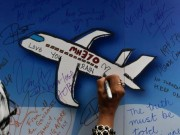 Thế giới - Phi công giả mạo cố tình lái MH370 xuống biển?