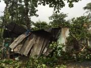 """Video An ninh - Clip: Giông lốc kinh hoàng """"tàn phá"""" vùng ven Sài Gòn"""