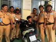 An ninh Xã hội - CSGT dầm mưa, truy đuổi hơn 100km bắt tên trộm xe máy