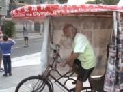 Thể thao - Nông dân Trung Quốc đạp xe suốt 15 năm đến Brazil dự Olympic