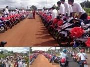 Bạn trẻ - Cuộc sống - Rước dâu bằng 90 xe Exciter xôn xao ở Bình Phước